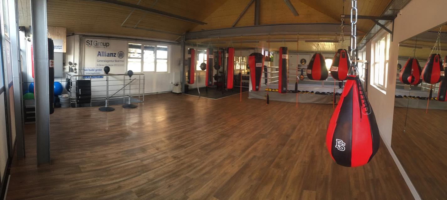 Im Fitnessclub von Arnold Boxfit 4133 Pratteln fit werden durch Boxtraining