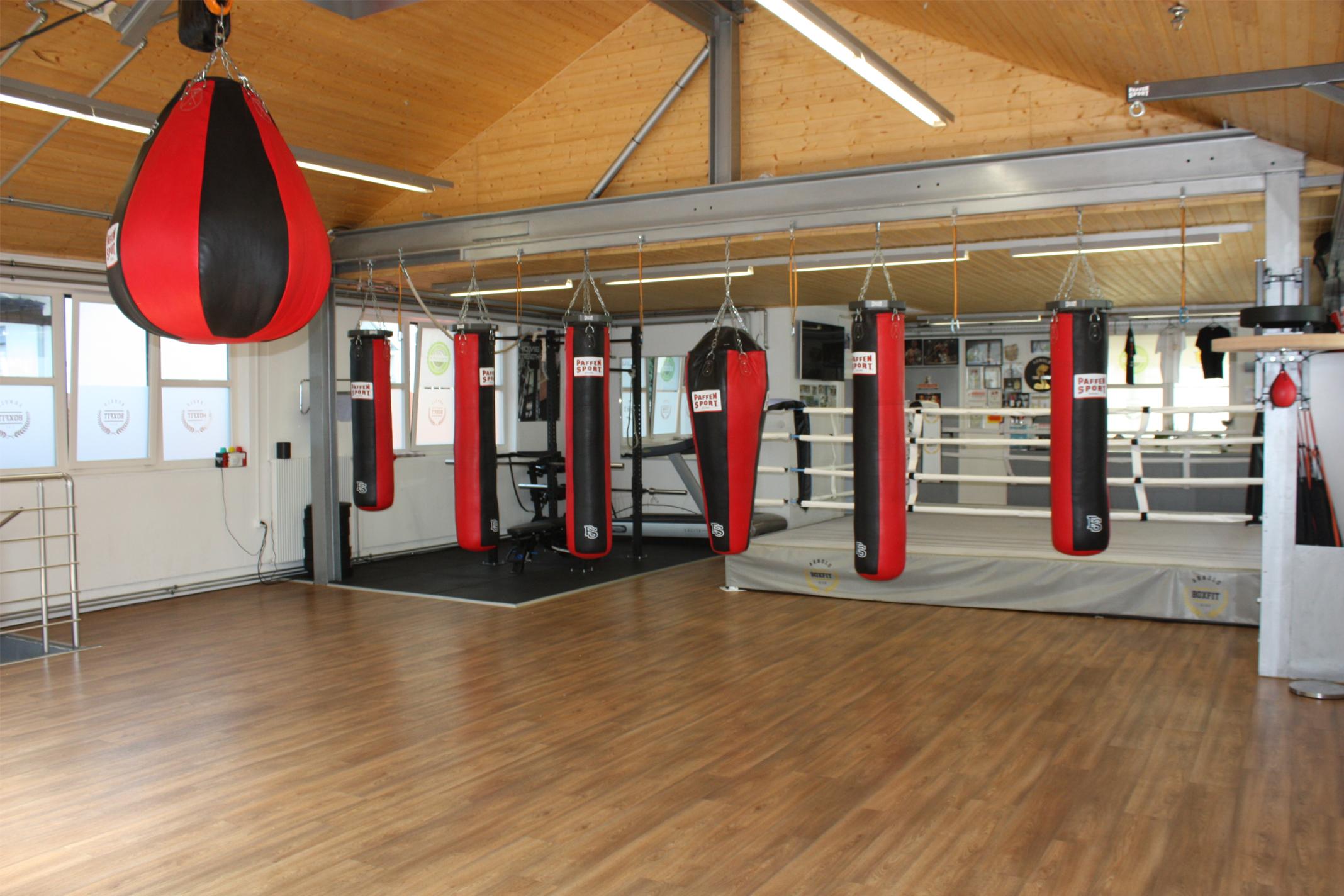 BOXFIT Box Training für Männer & Frauen im Arnold Boxfit Pratteln